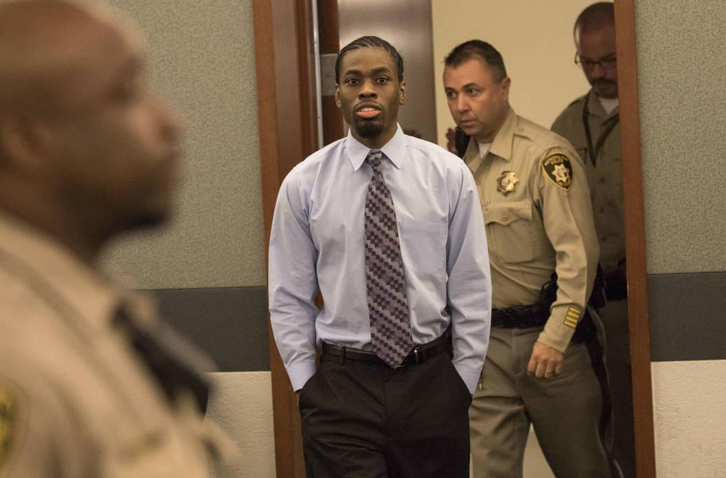 El violador y asesino convicto Bryan Clay ingresa al tribunal antes de su sentencia en el Centro de Justicia Regional en el centro de Las Vegas el martes 5 de diciembre de 2017. Clay fue sentencia ...