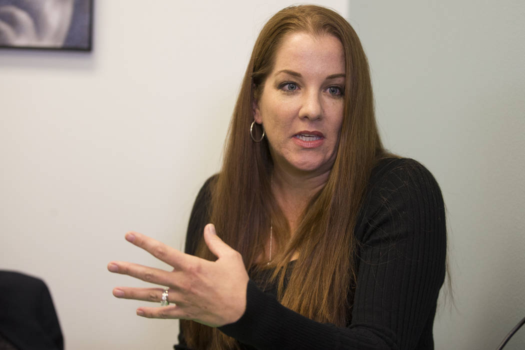 La psicóloga escolar nacional certificada Andrea Walsh es entrevistada por el Las Vegas Review-Journal en un centro de conferencias Town Square en Las Vegas, el miércoles 17 de enero de 2018. Er ...