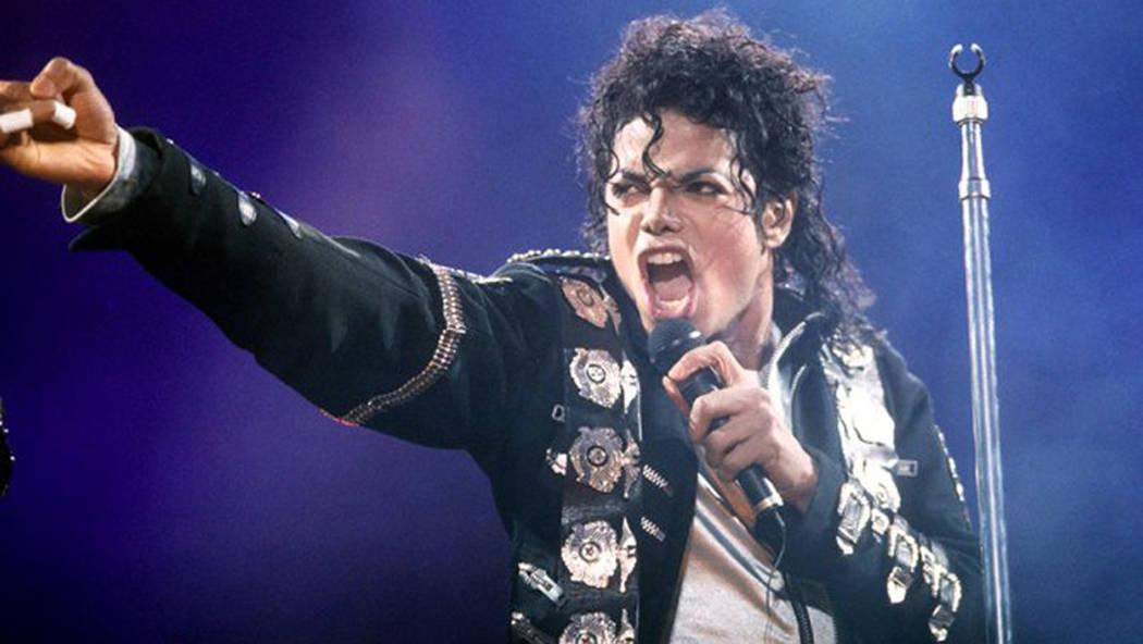 Michael Jackson durante un concierto. Foto Cortesía.