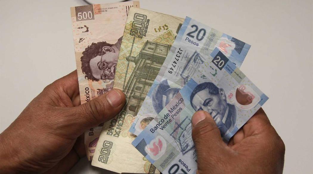 En México es constante que cada año algunas empresas se retrasen con el pago del aguinaldo. Foto Cortesía.