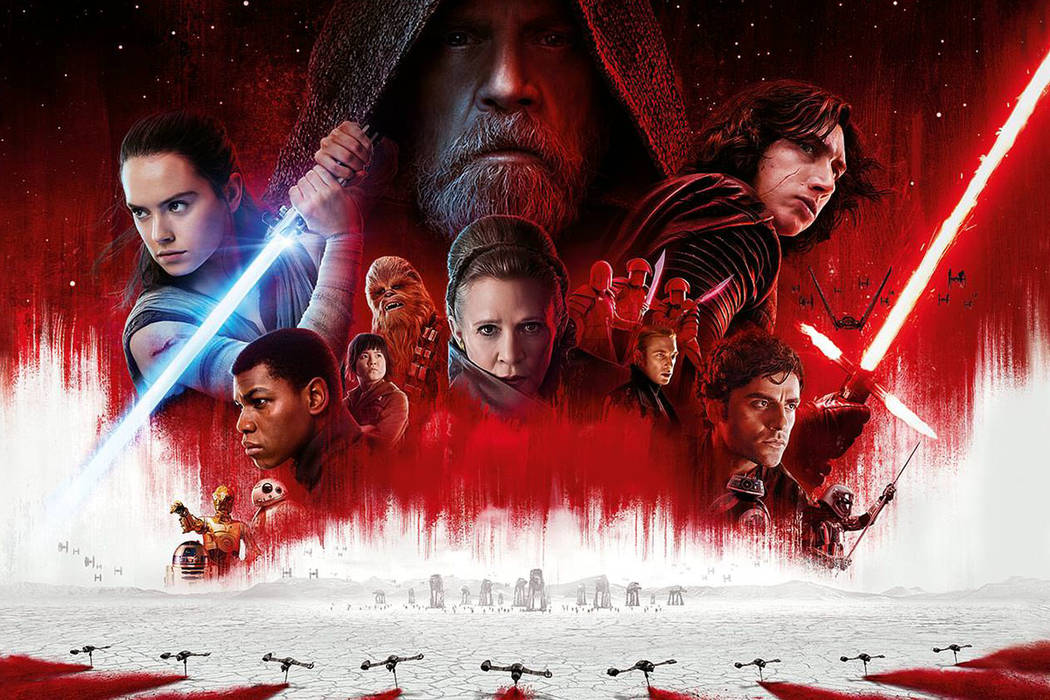 """Según las estimaciones ofrecidas por el portal especializado Box Office Mojo, que no incluyen la recaudación del lunes festivo del 1 de enero, """"Star Wars"""" sumó 52,7 millones de dólares est ..."""