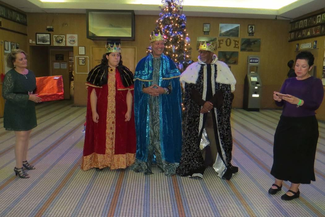 Las integrantes de 'Las Vegas 4 Puerto Rico' relataron una reseña del Día de Reyes Magos antes de la entrega de regalos. 6 de enero del 2018 en Fraternal Order of Eagles. | Foto Anthony Avel ...