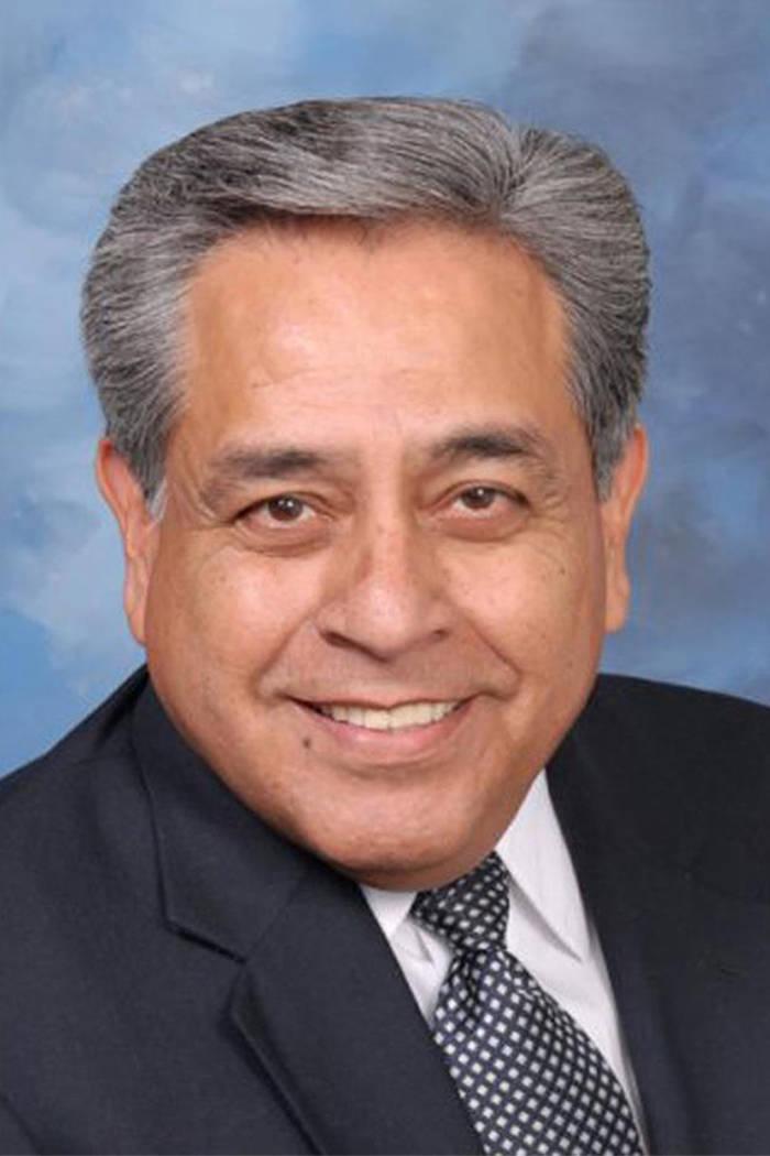 """""""Jacky Rosen es una persona muy inteligente que no ha causado polémicas, cuando habla la gente la respeta por lo que dice y como lo dice"""": Fernando Romero, presidente de Hispanos en la Polít ..."""