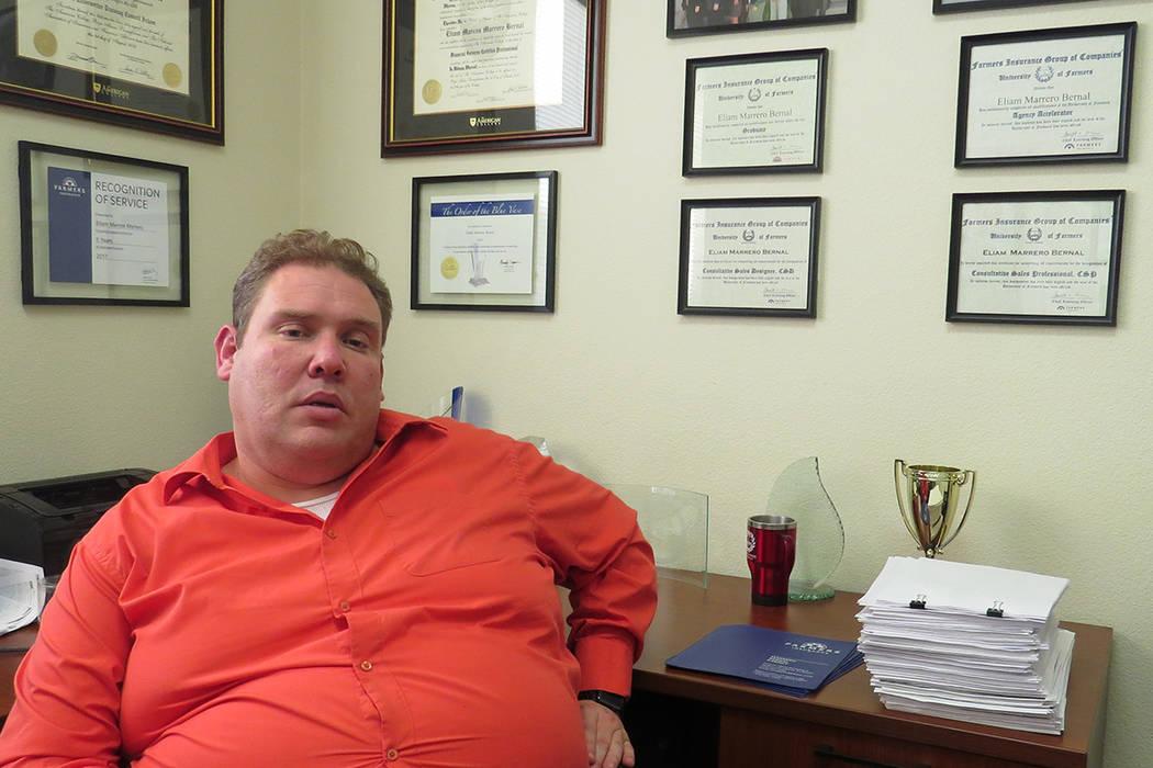 """""""Usted puede informarse acerca de los preparadores de impuestos de su localidad, para saber cuáles están certificados por el IRS"""": Eliam M. Marrero, preparador de impuestos. 4 de enero del 2 ..."""