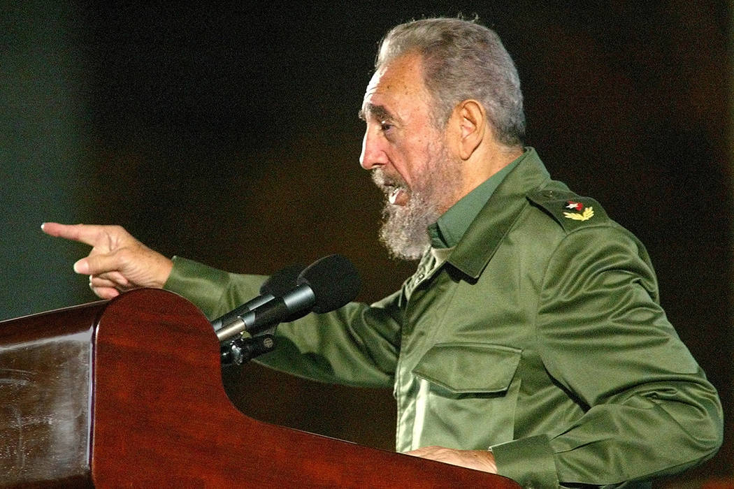 Fidel Castro. | Foto AP /Jose Goitia.