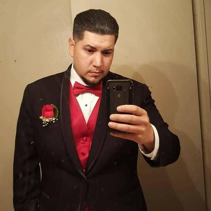 Phillip Albert Archuleta, de 28 años, estaba trabajando en el turno de noche como guardia de seguridad en Arizona Charlie's cuando recibió un disparo y murió respondiendo a una llamada. Foto co ...