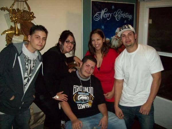 De izquierda a derecha: hermano Joseph Archuleta, hermana Evelyn Gallegos, Phillip Archuleta, hermana Lisa García y hermano Ricky Medrano. Foto cortesía de Lisa Garcia.