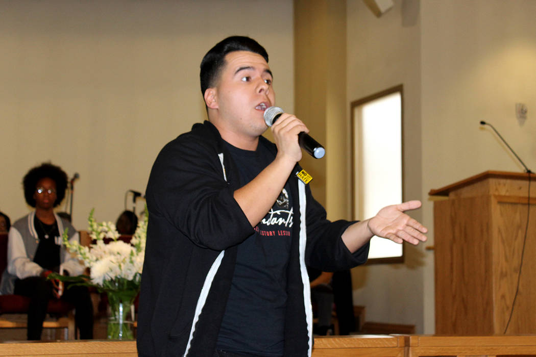 Romeo López, fue el representante hispano de los ponentes y participó cantando un rap. 14 de enero de 2018 en Primera Iglesia Episcopal Africana. Foto El Tiempo.