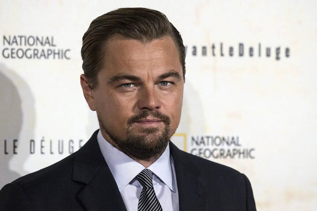 El actor Leonardo Dicaprio asiste al estreno del documental 'Antes del diluvio' en París Francia 17 de octubre de 2016. 'Antes del diluvio' es un documental sobre el cambio climático y está dir ...