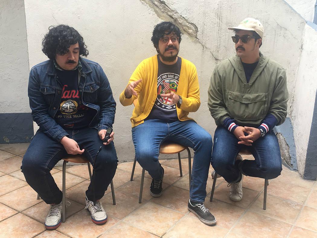 """La banda de rock and roll y folklore zacatecano Los Románticos de Zacatecas tocará el 6 de abril los 12 temas de su disco """"Parques"""", de principio a fin y en orden, en lo que será un previo  ..."""
