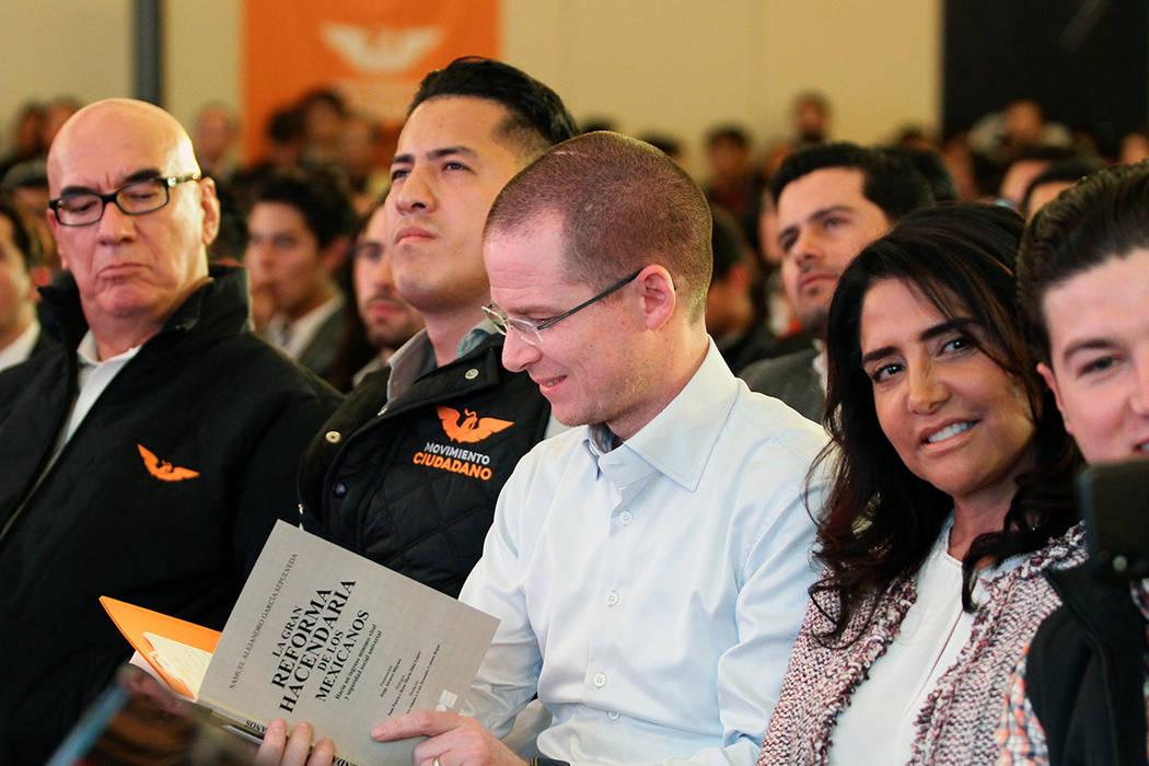 """El precandidato de la coalición """"Por México al Frente"""", Ricardo Anaya, se reunió con jóvenes en el marco del CI aniversario de la Constitución. México, 5 Feb. 2018 [Notimex-Arturo Monroy]"""