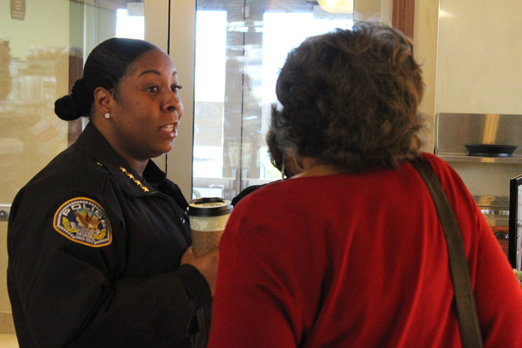 Latesha Watson, inició su carrera como policía durante el año 1994 en Texas. 8 de febrero de 2018 en Cafetería Kneaders. [Foto Cristian De la Rosa / El Tiempo - Contribuidor]