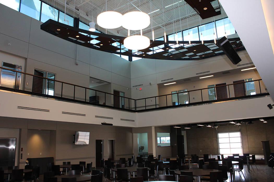 El edificio viejo era de 8 mil pies cuadrados por los 35 mil pies cuadrados, mismas con las que cuentan las nuevas instalaciones. 8 de febrero de 2018 en The Blind Center. [Foto Cristian De la Ros ...
