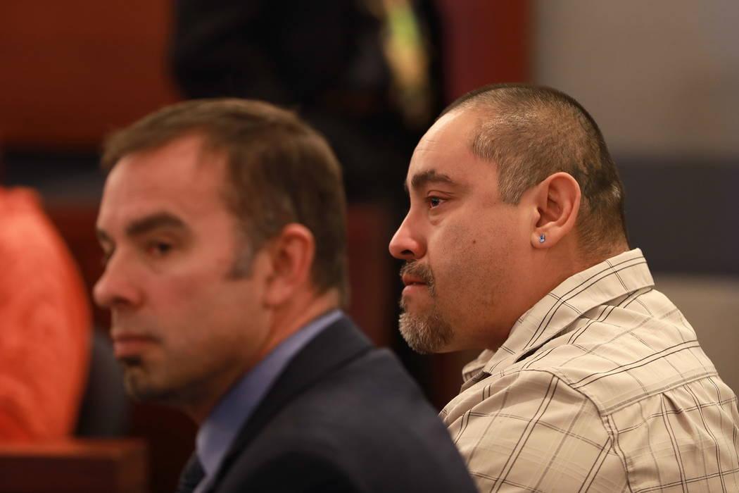 Moroni Calvo, de 41 años, quien se declaró culpable de homicidio vehicular, escucha la declaración de impacto de Faith Hubbard en el Centro de Justicia Regional en Las Vegas el miércoles 7 de  ...