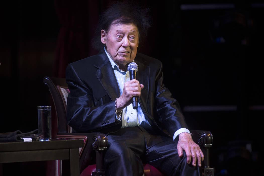 El comediante Marty Allen celebra su 95º cumpleaños con un espectáculo en South Point el jueves 23 de marzo de 2017 en Las Vegas. (Sam Morris / Las Vegas News Bureau)