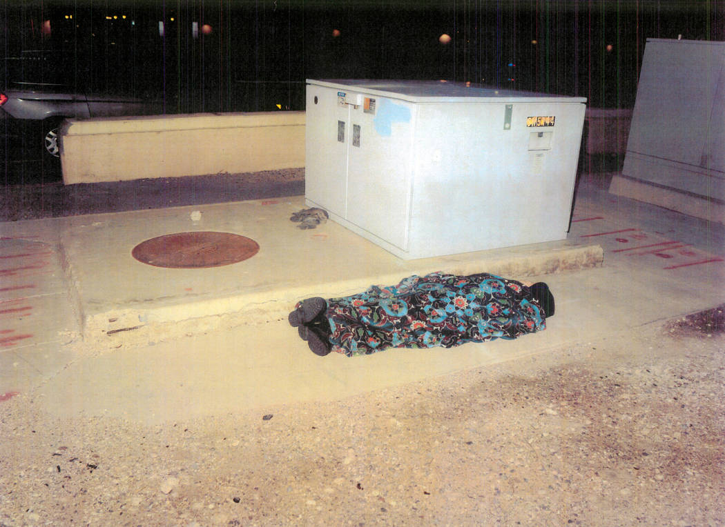 Un maniquí en escena para parecerse a un hombre sin hogar que dormía el 22 de febrero de 2017, en el centro de Las Vegas.