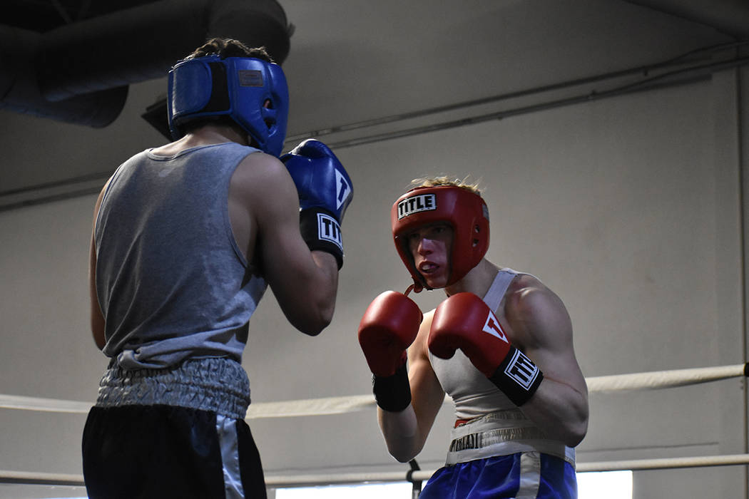 Aerin Ringler vs Austin Griese fue una de las peleas atractivas de la tarde. Sábado 24 de febrero en City Boxing Club. Foto Anthony Avellaneda / El Tiempo.