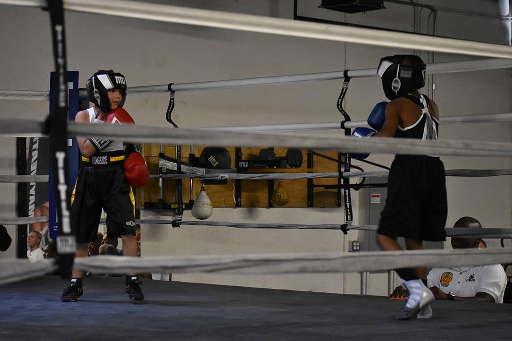 La cartelera fue iniciada por dos boxeadores infantiles de 9 años de edad. Sábado 24 de febrero en City Boxing Club. Foto Anthony Avellaneda / El Tiempo.