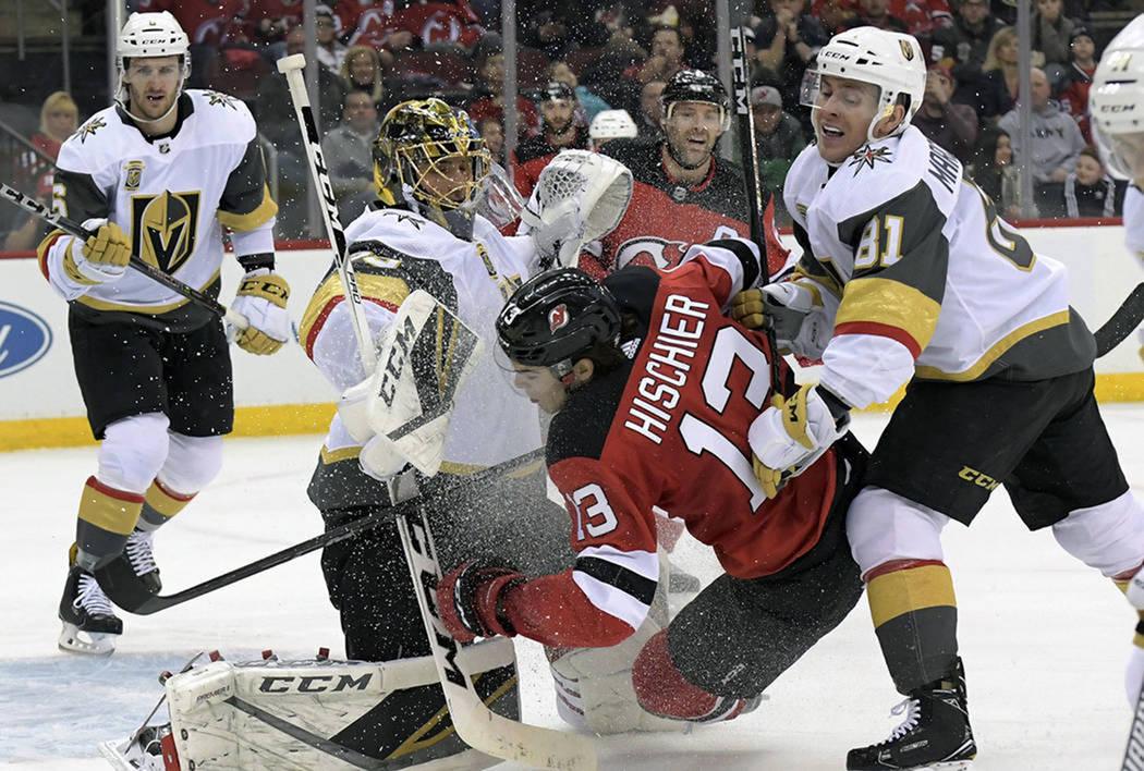 Vegas Golden Knights sacó el triunfo en su visita ante New Jersey Devils. [Foto AP]