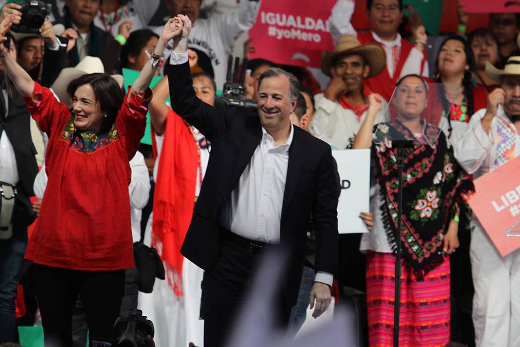 En la celebración del 89 aniversario Partido Revolucionario Institucional, el candidato de la coalición Todos por México a la Presidencia de la República, José Antonio Meade Kuribreña, afirm ...