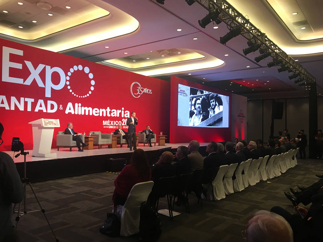 En el marco de la Expo ANTAD que se lleva a cabo en Expo Guadalajara, el candidato presidencial de la coalición Por México al Frente, Ricardo Anaya, enfatizó la necesidad de acabar con la impun ...