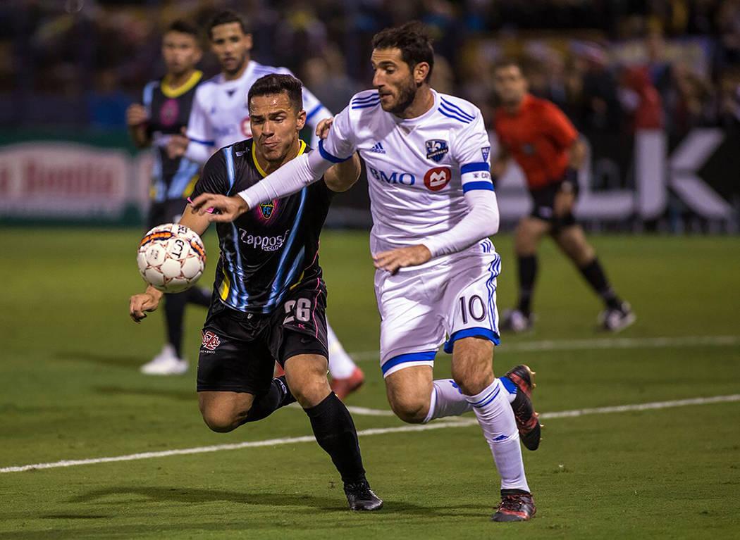 Julián Portugal y Las Vegas Lights FC durante un partido de pretemporada rumbo al inicio de la temporada 2018 de la USL. Foto Cortesía Las Vegas Lights FC.