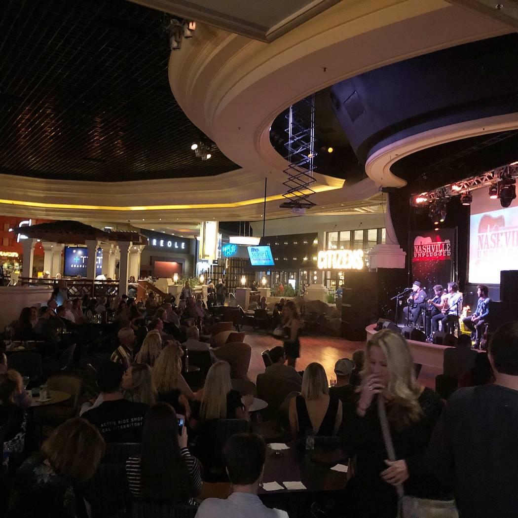 El nuevo Nashville Unplugged en el Rhythm & Riffs Lounge en el Mandalay Bay el viernes 9 de marzo de 2018. (John Katsilometes / Las Vegas Review-Journal) @JohnnyKats)