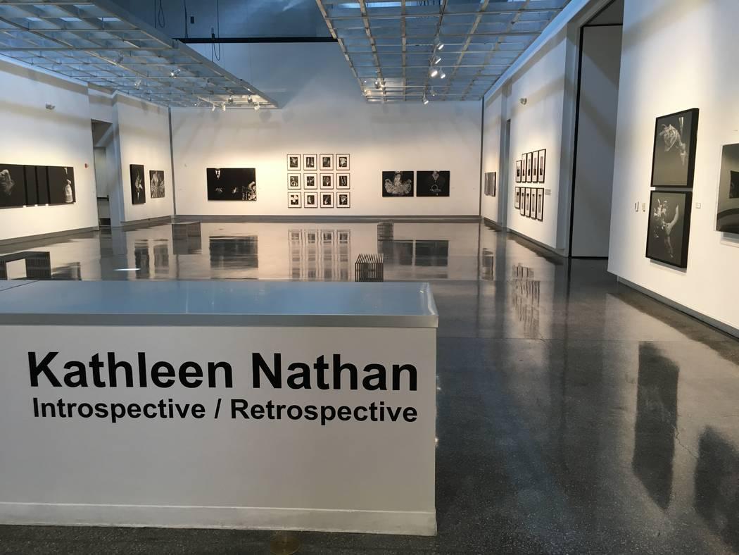 """""""Introspective / Retrospective"""", una exposición fotográfica de Kathleen Nathan, que se podrá gozar hasta el 21 de abril en la Biblioteca Sahara West. (John Przybys / Las Vegas Review-Journal)"""