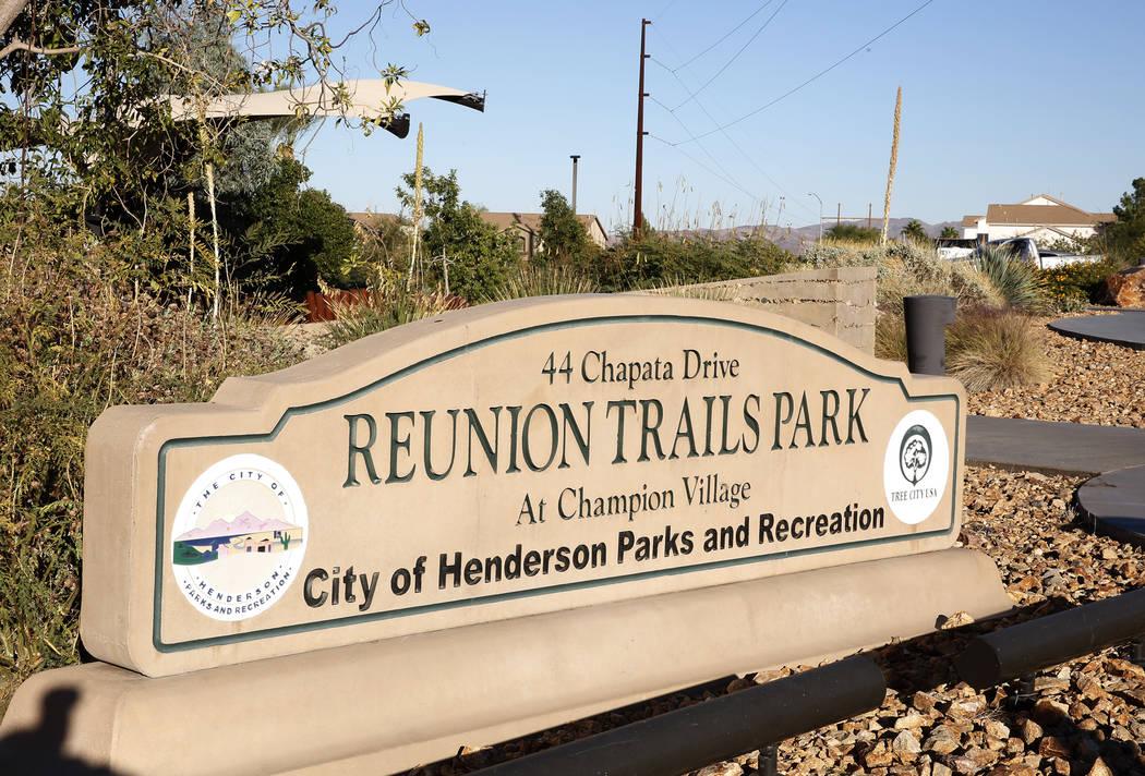 Reunion Trails Park Jueves, 26 de octubre de 2017, en Henderson. La ciudad de Henderson y el Distrito del Condado de Clark están en desacuerdo sobre una nueva escuela propuesta cerca del parque.  ...