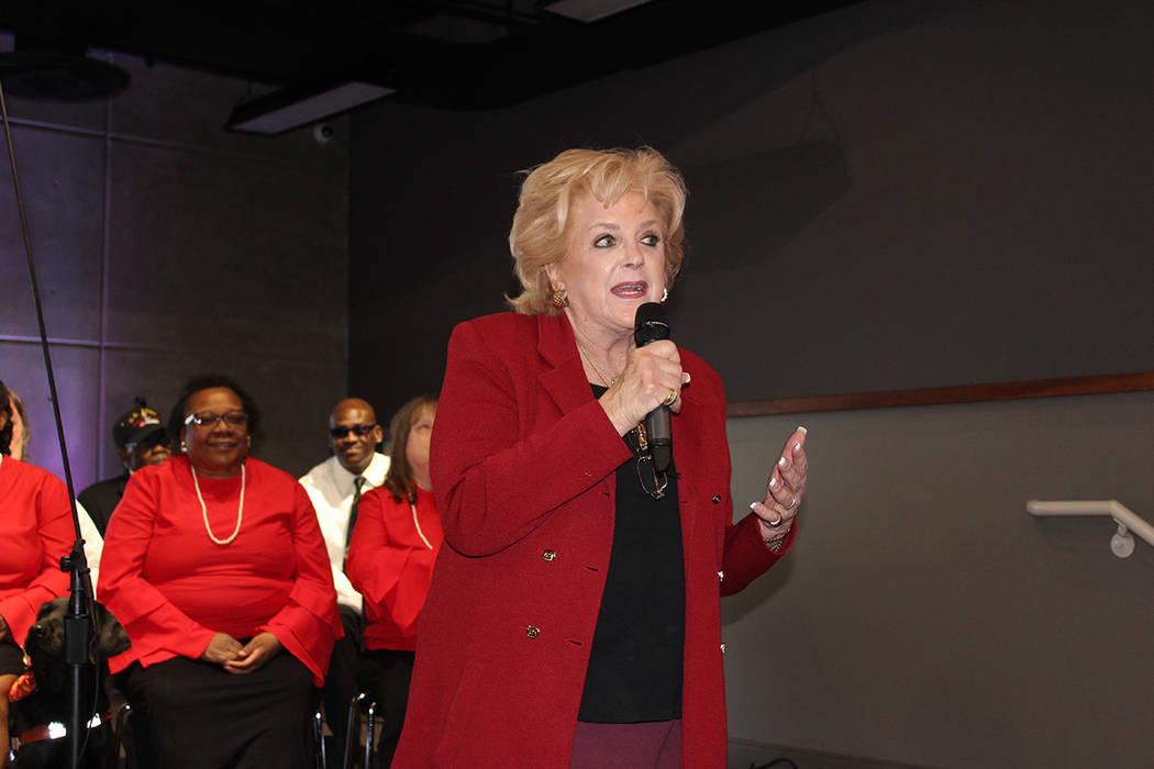 La alcaldesa Carolyn Goodman, participo en el evento recolectando donaciones esa misma noche. Jueves 15 de marzo de 2018. The Blind Center. Foto Cristian De la Rosa /El Tiempo - Contribuidor.
