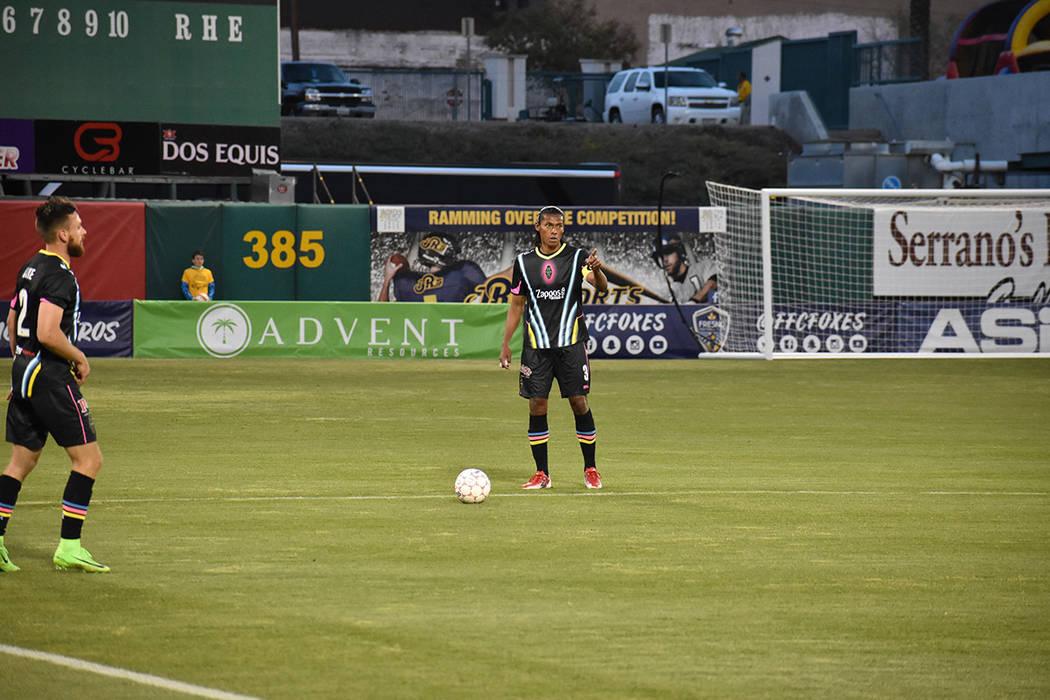 Ante la ausencia de Marcelo Alatorre, Joel Huiqui fue el capitán de su equipo. Sábado 17 de marzo de 2018 en estadio Chukchansi de Fresno, California. Foto Anthony Avellaneda / El Tiempo.
