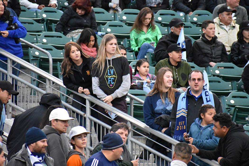 El estadio Chukchansi de Fresno, California contó con la presencia de seguidores de Las Vegas. Sábado 17 de marzo de 2018 en estadio Chukchansi de Fresno, California. Foto El Tiempo.