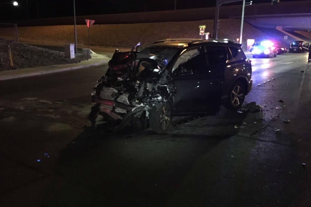 Dos personas murieron la madrugada del domingo justo antes de las 3:40 a.m. en la intersección de la carretera Pecos y la salida 215 hacia el oeste de Beltway. (Nevada Highway Patrol)