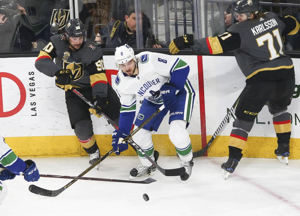 La semana de NHL para Golden Knights comenzó con triunfo sobre Canucks. Martes 20 de marzo de 2018 en T-Mobile Arena de Las Vegas. Foto Chase Stevens / Las Vegas Review-Journal.