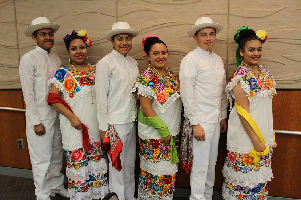 Se presentó un grupo folklórico yucateco para la promoción del viaje. Jueves 22 de marzo del 2018. City Hall North Las Vegas. Foto Cristian De la Rosa / El Tiempo - Contribuidor.