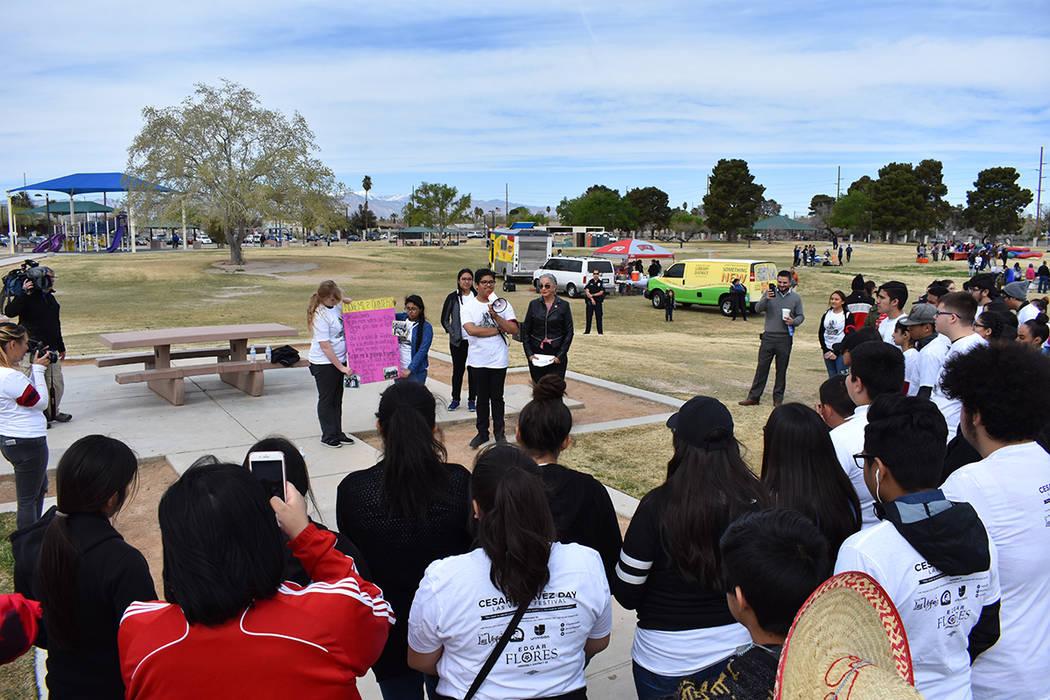 Al inicio del festival se llevó a cabo una marcha a favor de la comunidad inmigrante. Sábado 24 de marzo de 2018 en parque Gary Reese Freedom. Foto Anthony Avellaneda / El Tiempo.