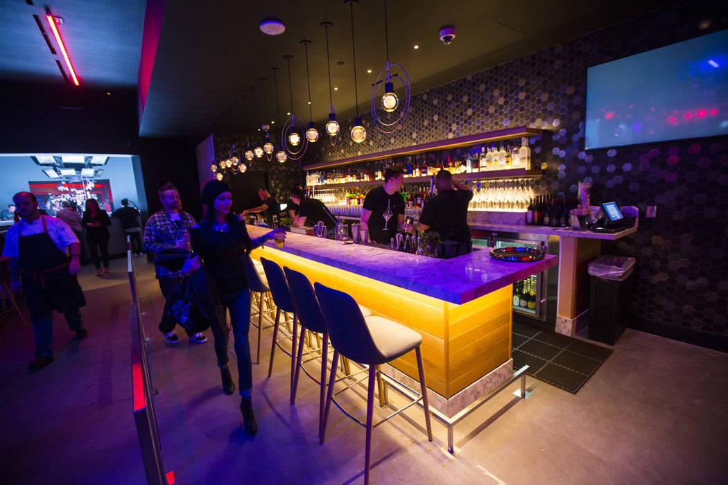 Un área de bar en Esports Arena Las Vegas en el Luxor en Las Vegas el jueves 22 de marzo de 2018. Chase Stevens Las Vegas Review-Journal @csstevensphoto
