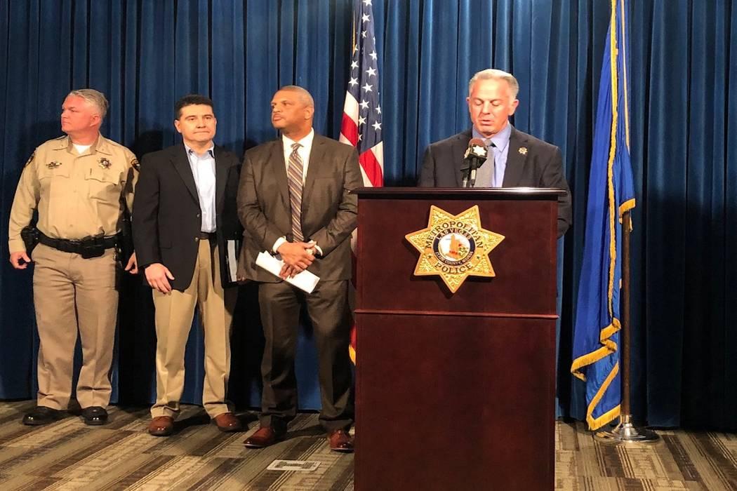 El alguacil Joseph Lombardo habla durante una conferencia de prensa, el lunes 26 de marzo de 2018, para analizar una serie de homicidios que tuvieron lugar en el sur de Nevada. (Rio Lacanlale / La ...