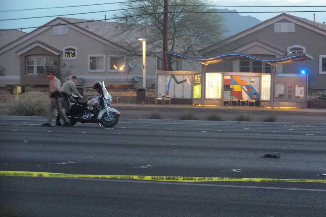 La policía de Las Vegas está investigando un accidente que involucra a un peatón y un vehículo en la intersección de Boulder Highway y Tropicana Avenue. (Max Michor / Las Vegas Review-Journal)