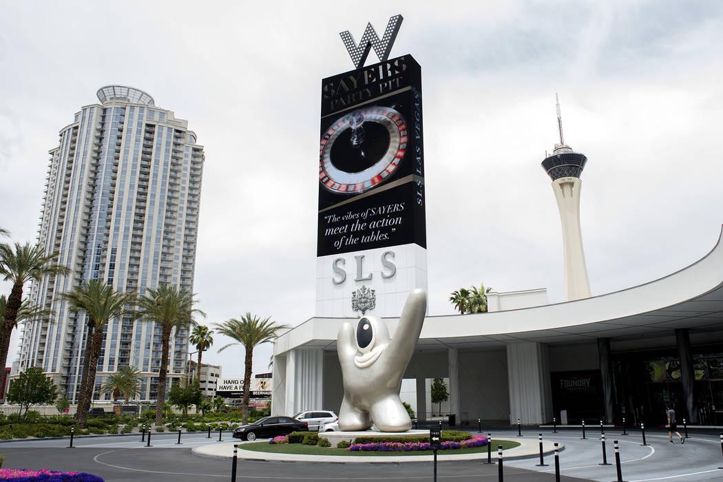 SLS Las Vegas, ubicado cerca de la intersección de West Sahara Avenue y South Las Vegas Boulevard, se ve el miércoles 31 de mayo de 2017 en Las Vegas. (Las Vegas Review-Journal)
