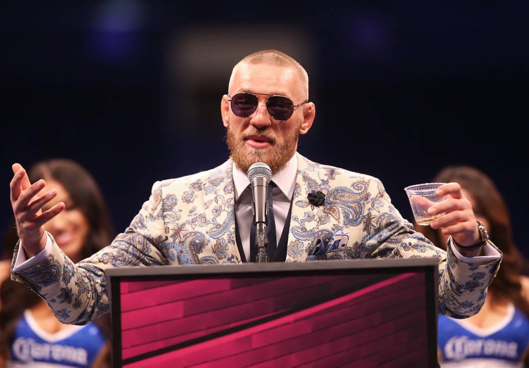 Conor McGregor se dirige a los medios luego de su derrota contra Floyd Mayweather el sábado 26 de agosto de 2017 en la Arena T-Mobile, en Las Vegas. Benjamin Hager Las Vegas Review-Journal @benja ...