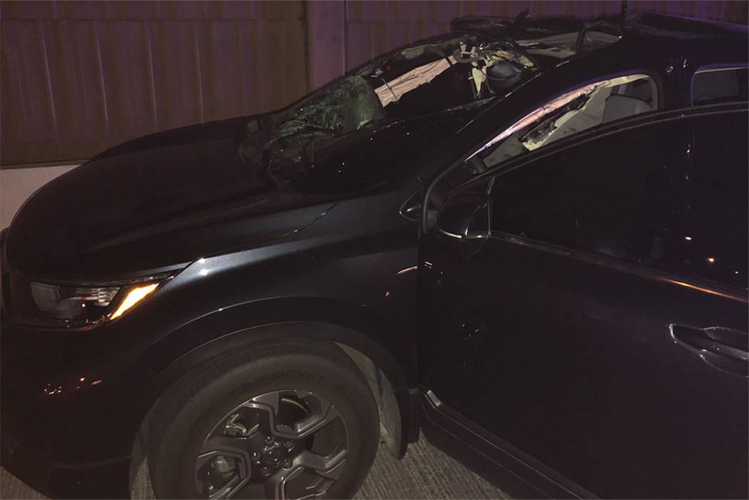 La escena de un accidente fatal en la US 95 al norte (al norte de la rampa de Charleston Blvd) en Las Vegas el sábado por la noche. (Nevada Highway Patrol)