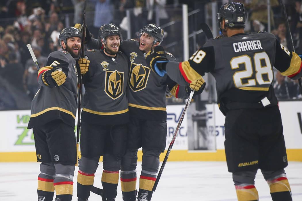 Vegas Golden Knights derrotó 1-0 a Los Ángeles Kings en el primer juego de postemporada Stanley Cup. Miércoles 11 de abril de 2018 en T-Mobile Arena de Las Vegas. Foto Chase Stevens / Las Vegas ...