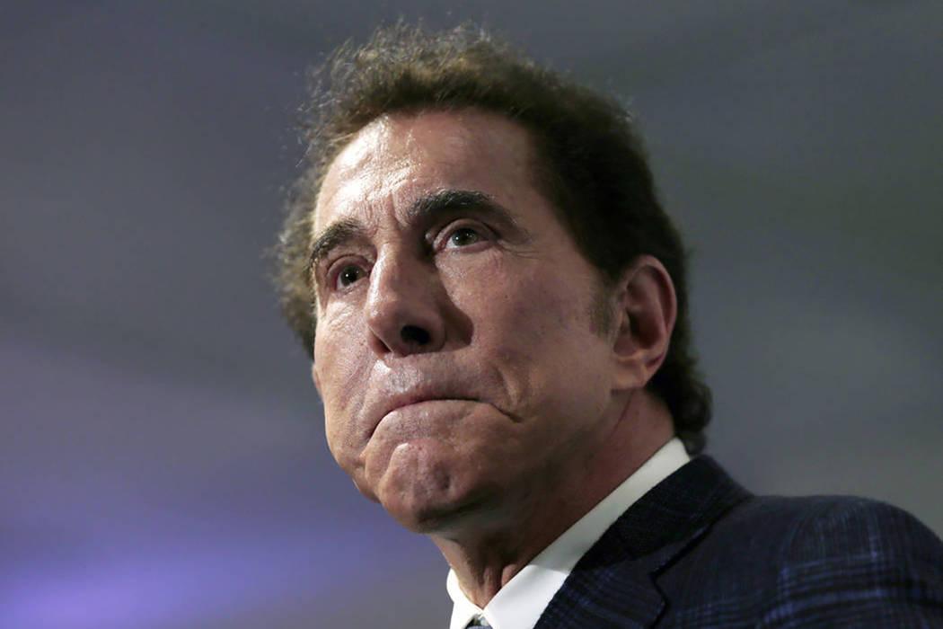 El magnate de casinos Steve Wynn es visto en una conferencia de prensa en Medford, Massachusetts, en 2016. (Charles Krupa / AP, Archivo)