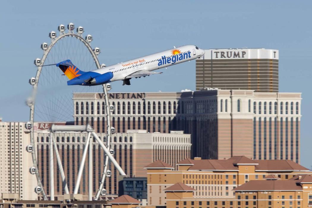 Un vuelo de Allegiant Air sale del Aeropuerto Internacional McCarran en Las Vegas. (Richard Brian / Las Vegas Review-Journal) @vegasphotograph