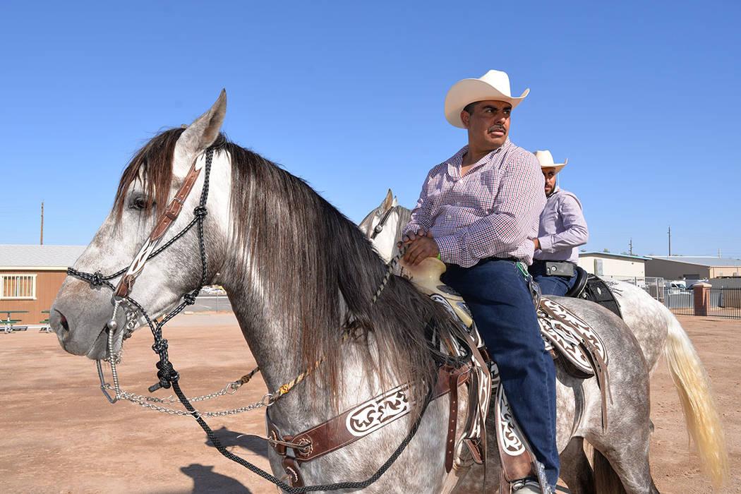 José, montando su brioso córcel, El Bandido, el pasado sábado 14 de abril en el Horseman's Park. Sábado 14 de abril en el Horseman's Park. Foto Frank Alejandre / El Tiempo.