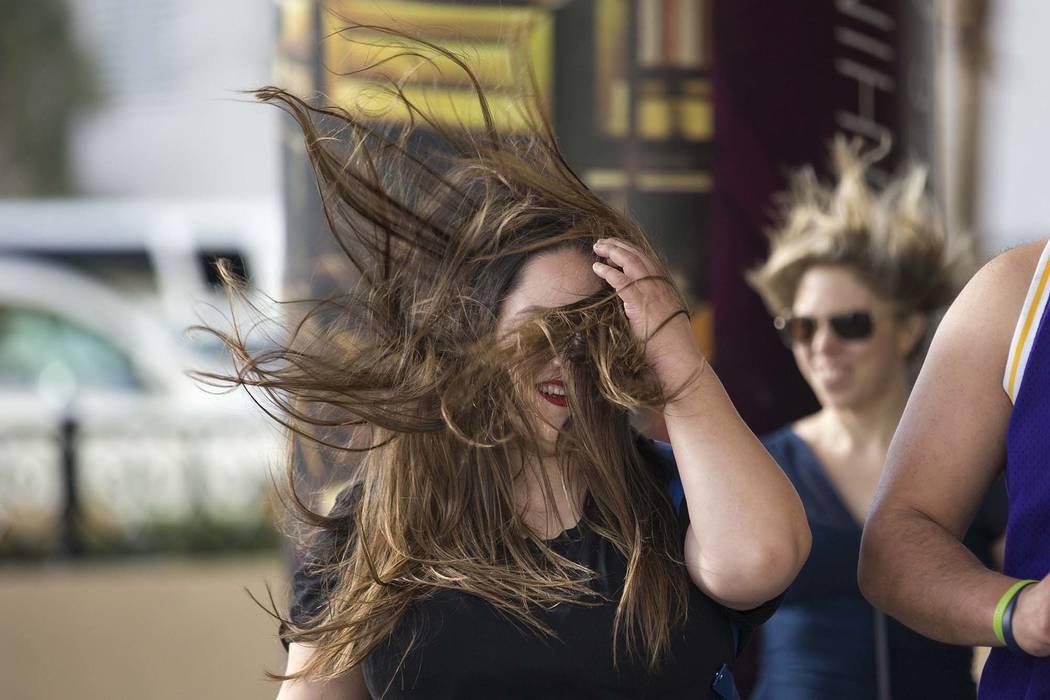 El lunes se emitió un aviso de vientos fuertes para el Valle de Las Vegas, con ráfagas de hasta 50 mph posibles. (Richard Brian / Las Vegas Review-Journal) @vegasphotograph