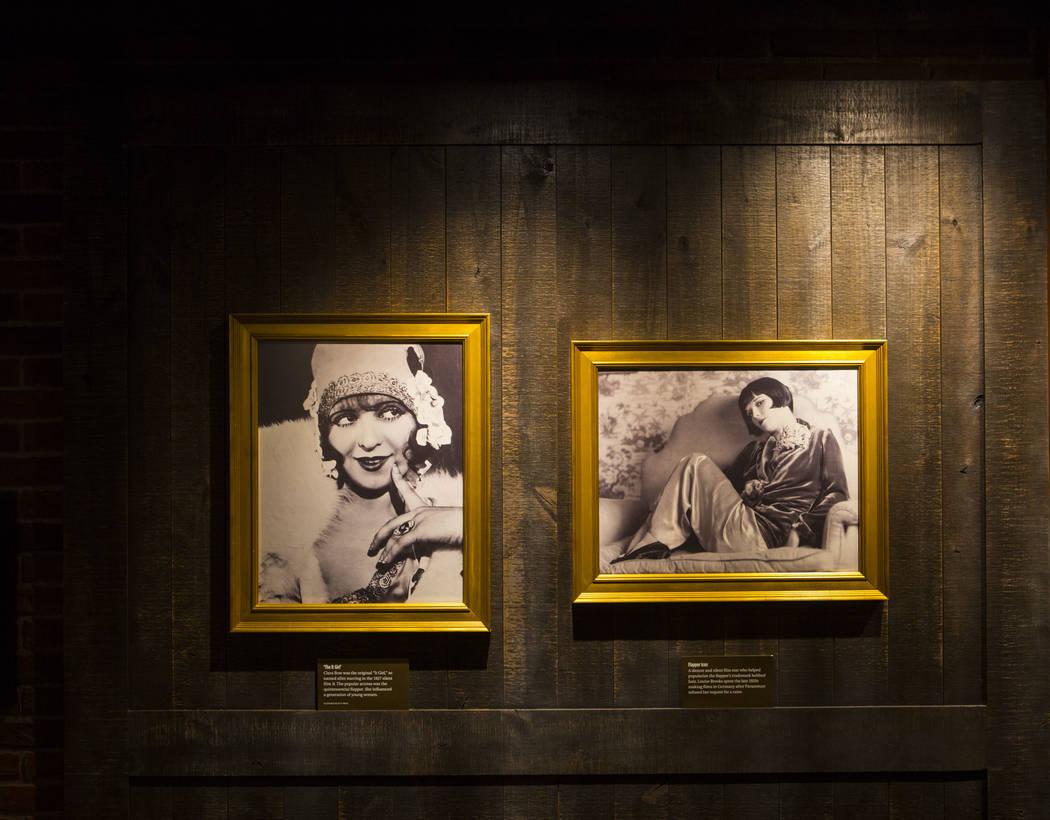 Fotos históricas de las actrices Clara Bow y Louise Brooks en el bar clandestino de The Underground en The Mob Museum en el centro de Las Vegas el sábado 14 de abril de 2018. La exposición de l ...