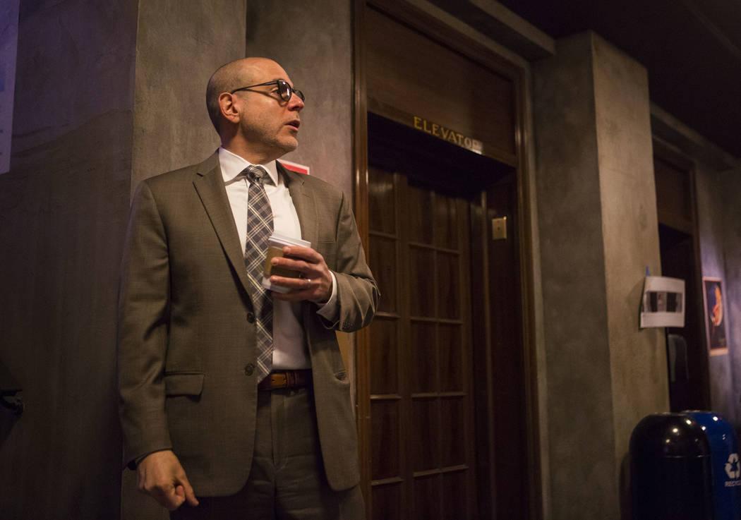 Jonathan Ullman, presidente y director ejecutivo de The Mob Museum, habla sobre The Underground en The Mob Museum en el centro de Las Vegas el sábado 14 de abril de 2018. La exposición de la era ...