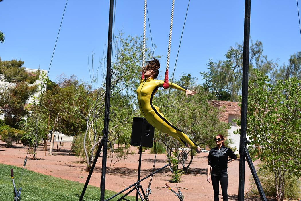 El evento contó con juegos, exhibiciones de gimnasia, números musicales, y mucha diversión. Sábado 21 de abril de 2018 en UNLV. Foto Anthony Avellaneda / El Tiempo.